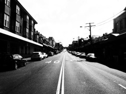 Street Sydney Coogee, black and white, dreamcathcer.tv