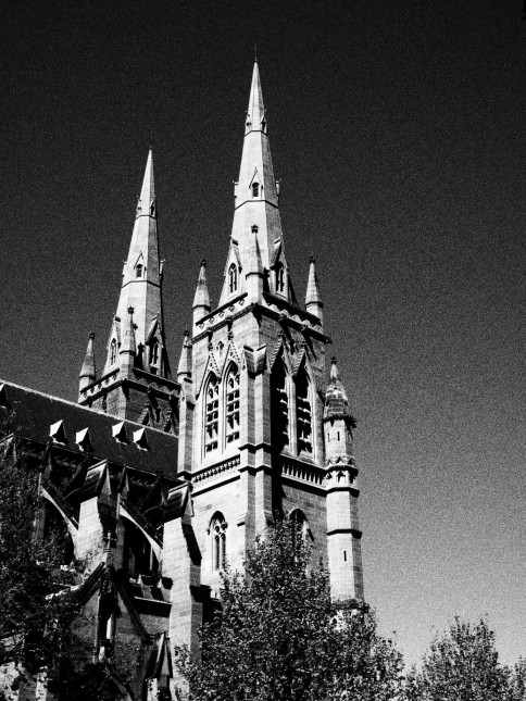 Sydney, St. Marys Cathedral, black and white, dreamcatcher.tv